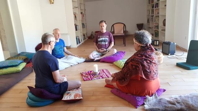 La Source Ardèche - Méditation dans La Grande Salle